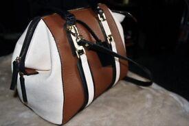 Ladies Handbag By Top Shop