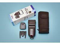 Nissin Di700 flash unit for Nikon cameras