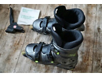 Rollerblade inline skates @ Size UK 7 with ABEC @ would suit size between UK 6 and UK 8