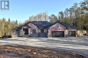 9186 91 COUNTY ROAD Duntroon, Ontario