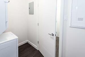 Modern 1BR with 1 Month Free-Available Now!