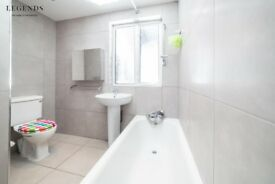 WHITECHAPEL-AMAZING ROOM TO SHARE -TO RENT-AVAILABLE NOW