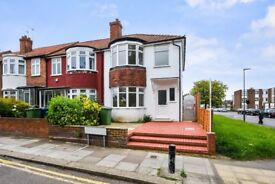 **NEWLY REFURBISHED**BRIGHT, AIRY & SPACIOUS FOUR BEDROOM HOUSE TO RENT IN HARROW**£508 PER WEEK**