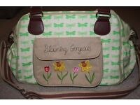 Blooming Gorgeous Changing Bag Yummy Mummy Pink Lining incl. a mat and a wet bag; green dragonflies