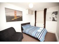 ** SHORT LET in Victoria, London ** Rent Short Let Flat near Tube with FREE WiFi / £700 per week