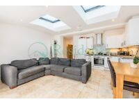 SW16 - PRETORIA ROAD - STUNNING 3 BEDROOM FLAT WITH PRIVATE GARDEN IN STREATHAM