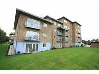 LUXURY TWO BED APARTMENT IN SUNBURY close to twickenham ashford staines feltham shepperton heathrow