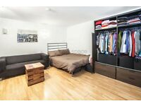 Studio flat in Wood Close, Shoreditch, E2