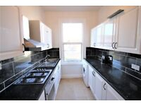 MUST SEE 3 bedroom flat to rent in NW2. Station: Cricklewood (Thameslink) and Willesden Green