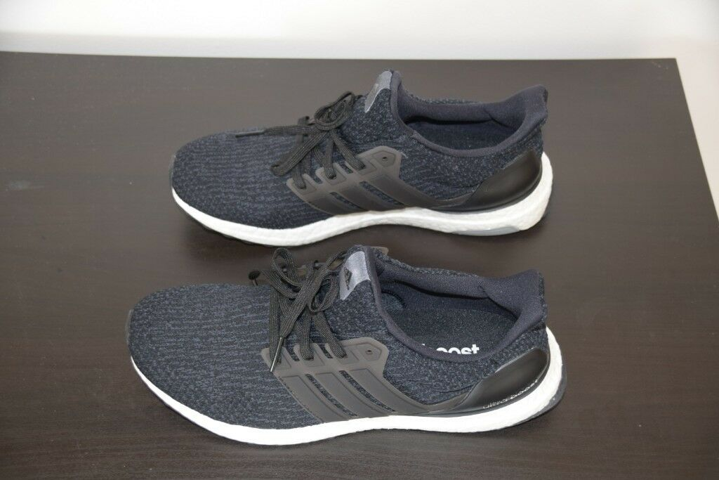 2020cc636375c Adidas Ultra Boost - Mens Size 9 (Size 8 fit) - Running Shoes