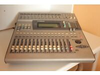 YAMAHA O1V mixing desk , very good condition .