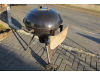 BBQ - round charcoal burning type with lid and shelf