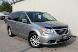 2016 Chrysler Town & Country Limited, Bluetooth, Heated Steering