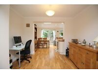 Three bedroom house Twickenham £1800pcm Unfurnished Available now Catchment area for schools