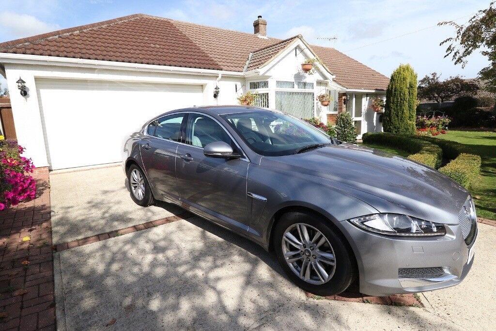 Jaguar XF 2.2D (200) Luxury 4 Door - Automatic in Grey