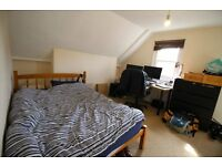 Big double room in the heart of Balham - 10th May