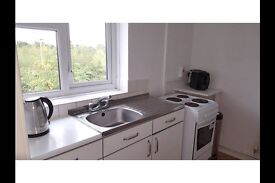 1 bedroom flat in Manchester M40, Spread the cost of moving with Amigo Home