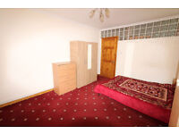Exclusive fully furnished Studio flat, Separate kitchen & toilet, in Abbey Road, Stratford, E15