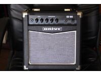 ;DRIVE cd100; 10 watt guitar pratice amp.