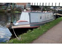 Narrowboat houseboat for sale London. 30ft, lovely inside and out in excellent condition.