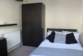 Double Room to rent in Professional Shared House