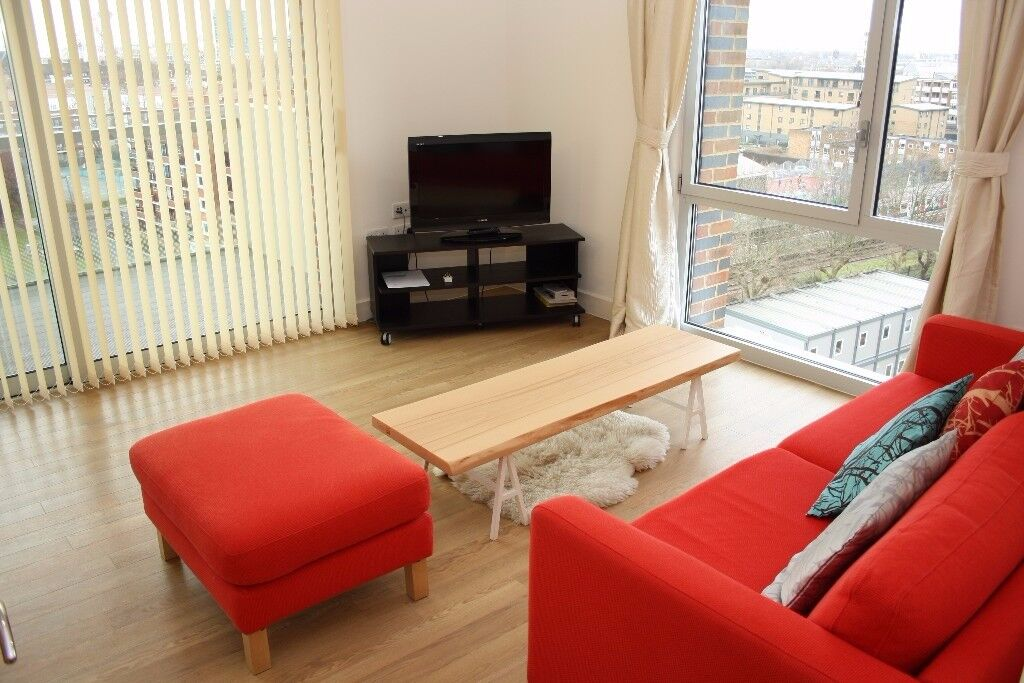 ** MODERN NEW BUILD 2 BED 2 BAHT FLAT WITH BALCONY NEXT TO BROMLEY BY BOW, NEAR STRATFORD, E3 - AW