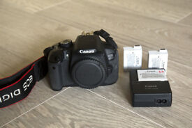 Canon 650d - body only - with charger and 3 original batteries - excellent conditions