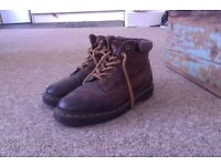 Great condition size 7 Brown DR. Martens - Doc Martens - Authentic! Perfect for winter.