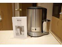 Kitchen Classics Waring Juicer. Juice maker. Juice Extractor. Good Condition.