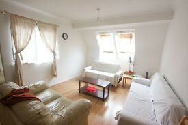 2 BED 2 BATH FLAT WITHIN A PRIVATE BLOCK MOMENTS AWAY FROM WILLESDEN HIGH ROAD !