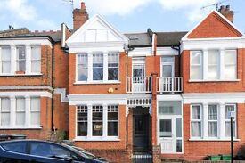 2 bedroom flat in Ratchoole Gardens, Crouch End