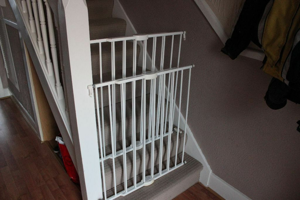 2 Lindom Stair Gates For Sale From Asda 163 15 For Both
