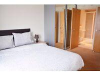 2 BEDROOM FLAT IN STRATFORD,CLOSE TO WESTFIELD,WEST HAM STADIUM.SLEEPS 6