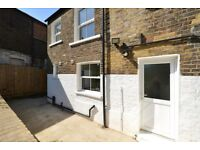 Newly refurbished One bedroomed apartment with massive private Garden in Kentish Town NW5!