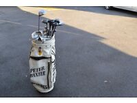 Golf bag with Clubs.