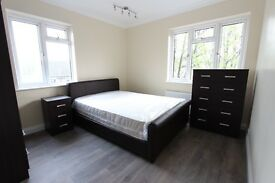 AVAILABLE MAY 2 BED FLAT WOOD GREEN N22 N13 PALMERS GREEN. CALL NOW. IDEAL FOR TUBE, SHOPPING CENTRE