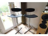 4 x black and chrome adjustable bar stools - lovely stools!