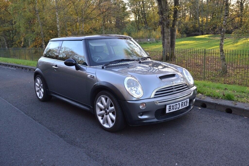Mini Cooper S - Panoramic Sunroof, 2 Previous Owners,