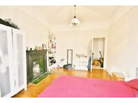 Great, airy 3 bedroom house in oval for only £585pw