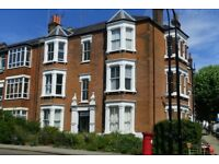 Lovely and spacious 3 double bedroom flat in the Heart of West Hampstead