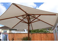 WOOD-FRAMED PARASOL 2.5m DIAMETER WITH PULL-CORD ACTION