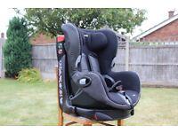 Maxi Cosi Axiss - Child's car seat.