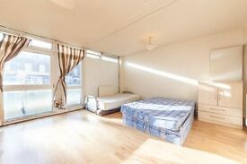 Bright Large Studio With Private Balcony !