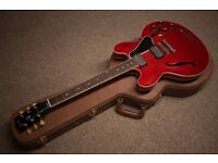 Gibson ES 335 Custom Guitar // Cherry Red