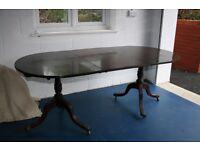 Mahogany Victorian pedestal dining table