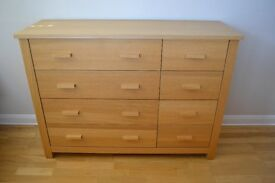 Oak effect Chest of Drawer