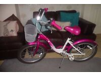 "Girls Pink 20"" Paris Bike / Bicycle - Great Condition"