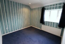 3 bedrooms Semi-detached House with Massive Garden --South Ockendon --No DSS Please