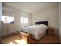 large room nearby Ealing Broadway station