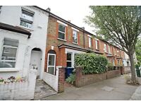 4 BEDROOM TERRACED HOUSE,IDEAL FOR STUDENTS,2 MIN WALK FROM SOUTH EALING TUBE,CLOSE TO UNI OF LONDON